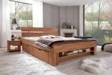 Futonbett SOFIE 140 x 200 cm, Holz Bett aus Buche massiv, Kernbuche geölt, Naturholz Bett mit Bettkasten auf Rollen und mit Fußteilregal -