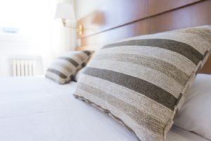 Ehebett mit Bettkasten