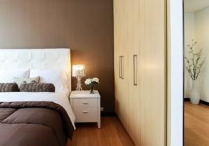 Bett im Schlafzimmer
